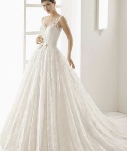 Buy Sell Wedding Dress Online Dubai UAE offwhite Rosa Clara A-Line Dress with Jewel Neckline, Size Small